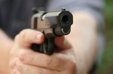 В Полтаве укравший дезодорант мужчина открыл стрельбу в супермаркете
