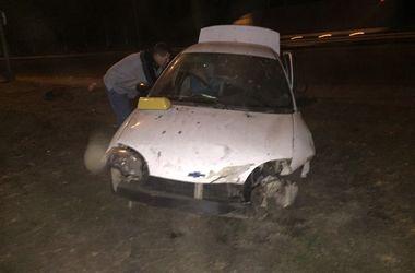 В Киеве водитель под действием наркотиков вылетел с дороги