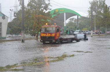 Из-за непогоды в Одесской области десятки населенных пунктов остались без света