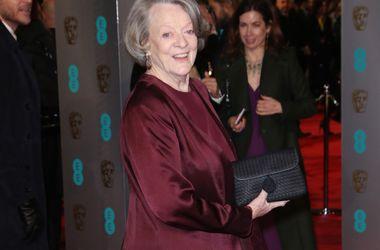 """Звезде """"Гарри Поттера"""" Мэгги Смит предложили забрать свою """"Эмми"""" в бюро находок"""