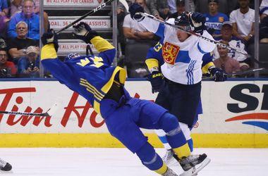 Сборная Швеции обыграла Финляндию на Кубке мира по хоккею