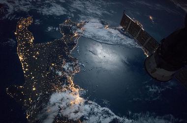 NASA опубликовало снимок ночной Италии из космоса