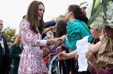 Кейт Миддлтон в платье за 52 тысячи гривен произвела фурор в Канаде