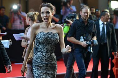 Названа новая причина развода Джоли и Питта