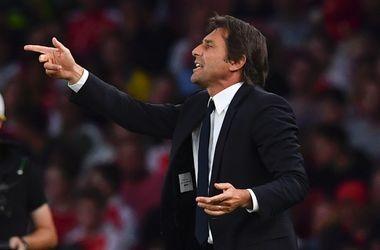 """Владелец """"Челси"""" Абрамович поддержал тренера, отобедав с ним на базе клуба"""
