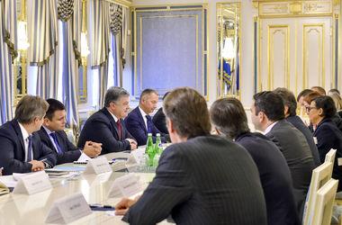 Порошенко пригласил американские корпорации в Национальный Инвестиционный Совет Украины