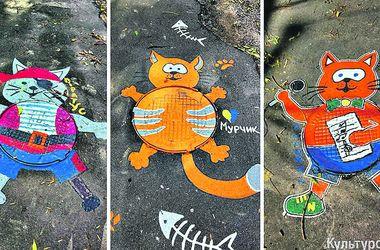 Одесские художницы превратили люки в котов