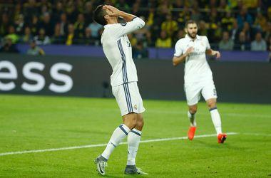 Криштиану Роналду попросил оператора показать ему повтор отмененного из-за офсайда гола