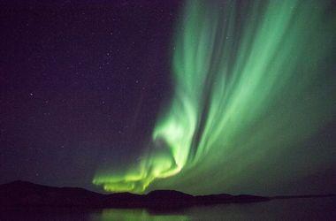 """Невероятные фото северного сияния """"взорвали"""" сеть"""