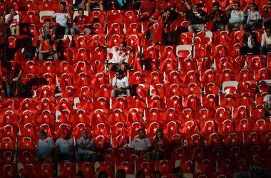 Сборная Турции назвала состав на матч с Украиной