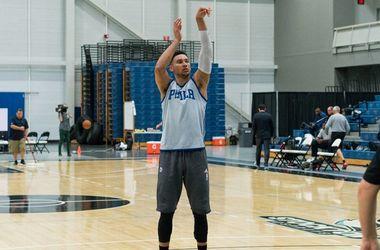 Первый номер драфта НБА сломал ногу на тренировке