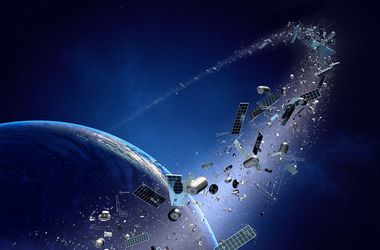 Новости орбитальной помойки: сколько мусора вращается вокруг Земли и как от него будут избавляться