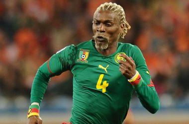 Известный камерунский футболист Сонг впал в кому после перенесенного инсульта