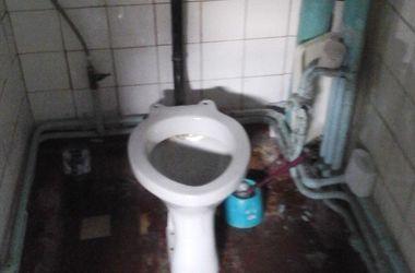 Хаос и разруха: соцсети шокировала больница в Крыму
