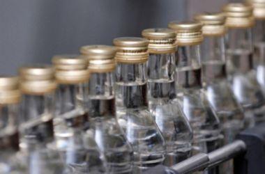 Фатальное отравление алкоголем в Украине: число жертв растет изо дня в день