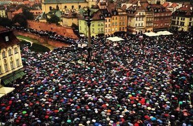 Массовые протесты заставили Польшу отказаться от скандального запрета абортов