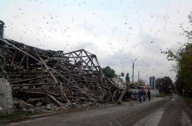 На Донбассе из-за боевиков обрушился завод
