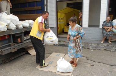416 тысяч наборов выдал жителям Донбасса Штаб Ахметова в сентябре