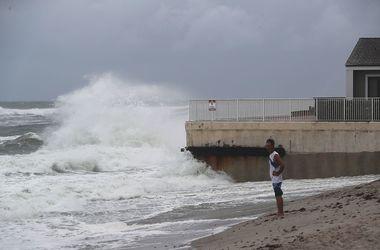 """Жертвами урагана """"Мэттью"""" стали 140 человек"""