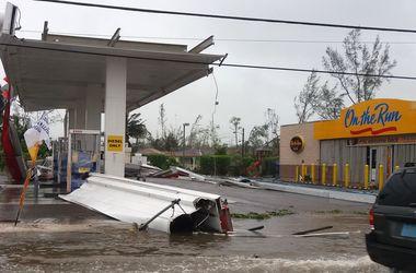 """Смертоносный ураган """"Мэттью"""" убил уже более 330 человек - СМИ"""