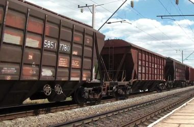 Во Львовской области мужчина бросился под колеса грузового поезда