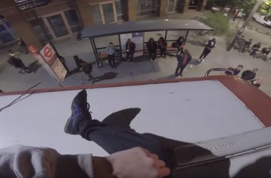 Житель Лондона снял на GoPro свою поездку на крыше двухэтажного автобуса