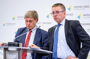 План реформ от Миклоша и Бальцеровича для Украины: хотят поменять налоги и энергорынок