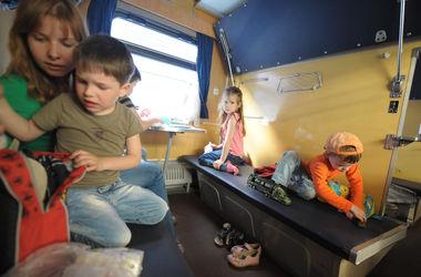 """В поездах больше не будет перьевых подушек: как изменится """"Укрзализныця"""""""