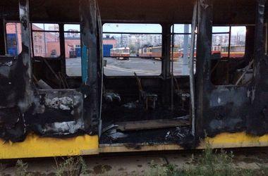 Подробности пожара в трамвае: вагоны выгорели полностью