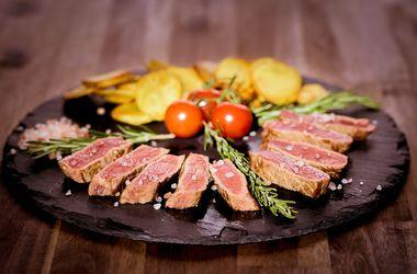 Отказ от мяса и рыбы приводит к сокращению мозга – ученые