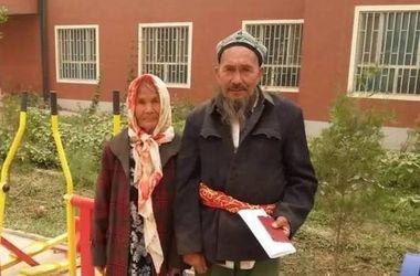 71-летний китаец женился на 114-летней возлюбленной