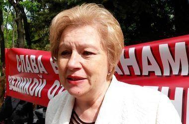 Коммунистку Александровскую отправили под домашний арест