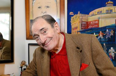 Во Франции умер комедийный актер Пьер Этекс - Новости шоу бизнеса - Артист скончался в больнице на 88 году жизни