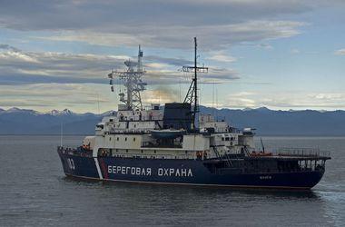 В Японском море российские пограничники из пулемета обстреляли судно КНДР: есть жертвы