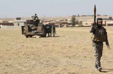 Боевики ИГ используют жителей Мосула как живой щит - Пентагон