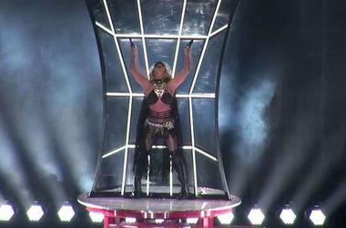 Бритни Спирс в очень короткой юбке устроила горячие танцы в Лас-Вегасе