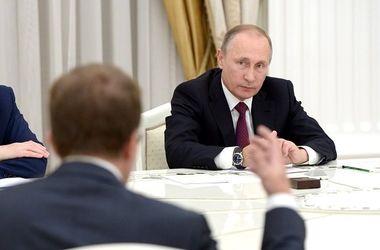 У Путина появился новый опасный враг и серьезные проблемы - The New York Times