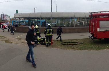 В киевском метро загорелся поезд
