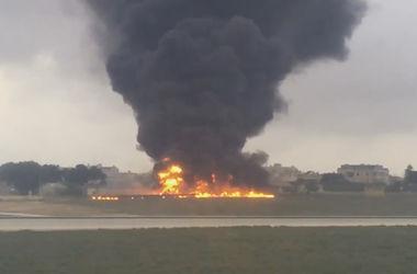 Пассажирский самолет разбился на Мальте