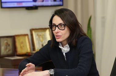 Суд обязал МВД Украины привлечь Деканоидзе к ответственности