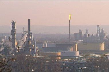 Во Франции произошел взрыв на нефтеперерабатывающем заводе, есть пострадавшие