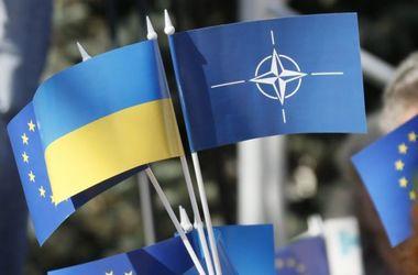 Четверть украинцев не хотят в ЕС, а треть – в НАТО