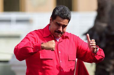 Парламент Венесуэлы проголосовал за начало процесса импичмента Мадуро