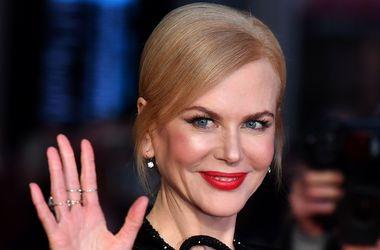 49-летнюю Николь Кидман назвали самой стильной женщиной