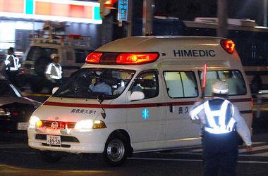 В Японии автомобиль въехал в толпу школьников