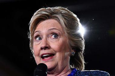 Клинтон допустила победу Трампа на выборах президента США