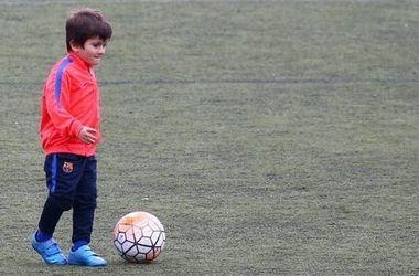 """Сын Месси провел первую тренировку за """"Барселону"""""""
