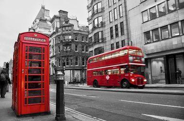Красные телефонные будки в Лондоне заменят на Wi-Fi-стенды