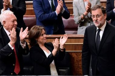 Парламент Испании утвердил премьера после затяжного политического кризиса