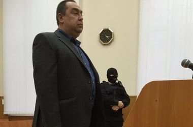 """Боевики """"ЛНР"""" признали паспорта Украины законными и действующими"""